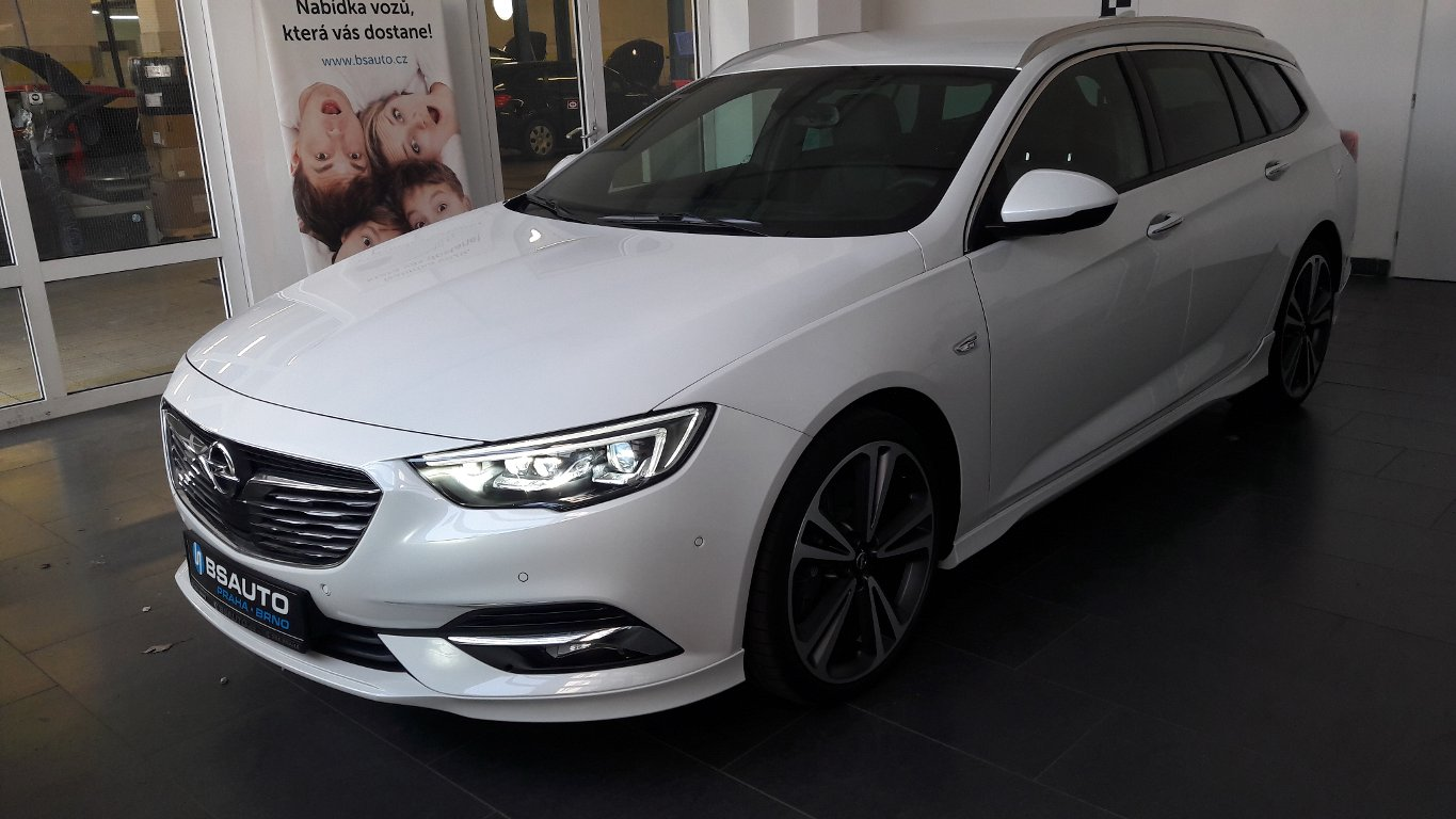 Opel Insignia EXCLUSIVE 2,0 TURBO 4x4 AT8+ZP