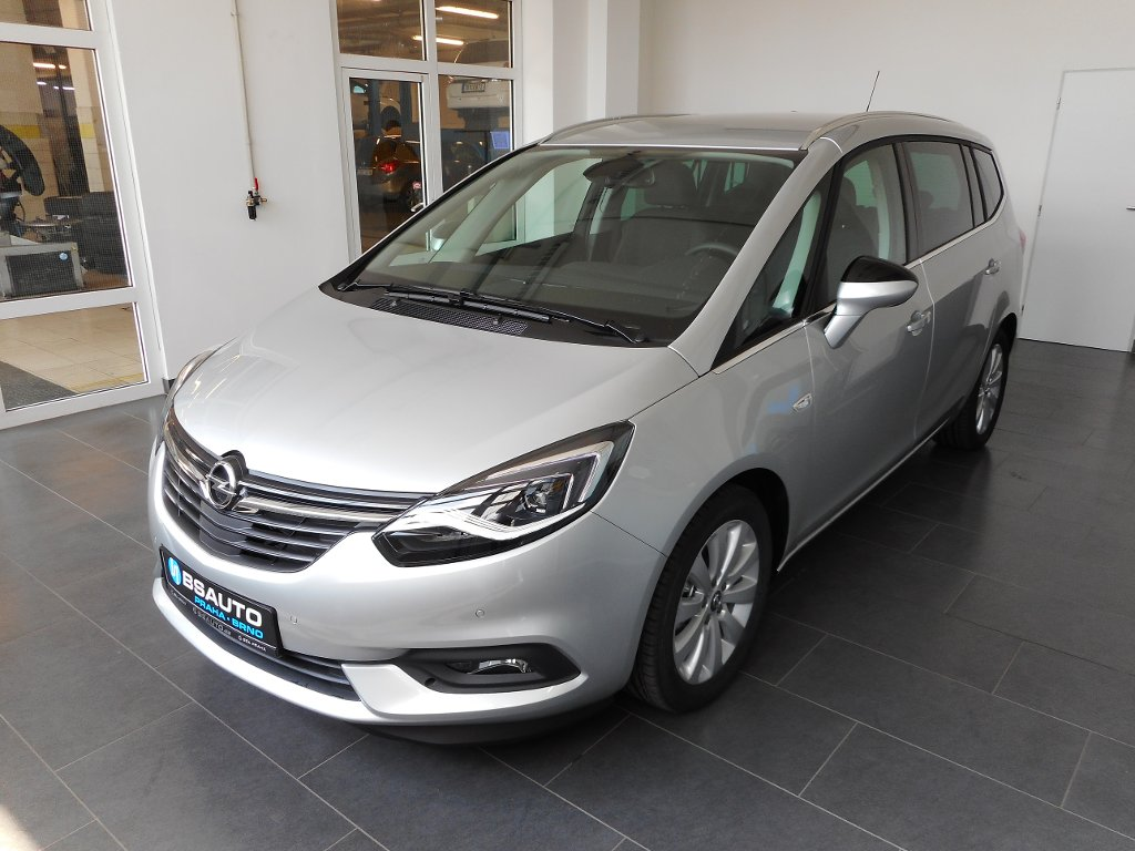Opel Zafira INNOVATION 1.4 TURBO 103kW