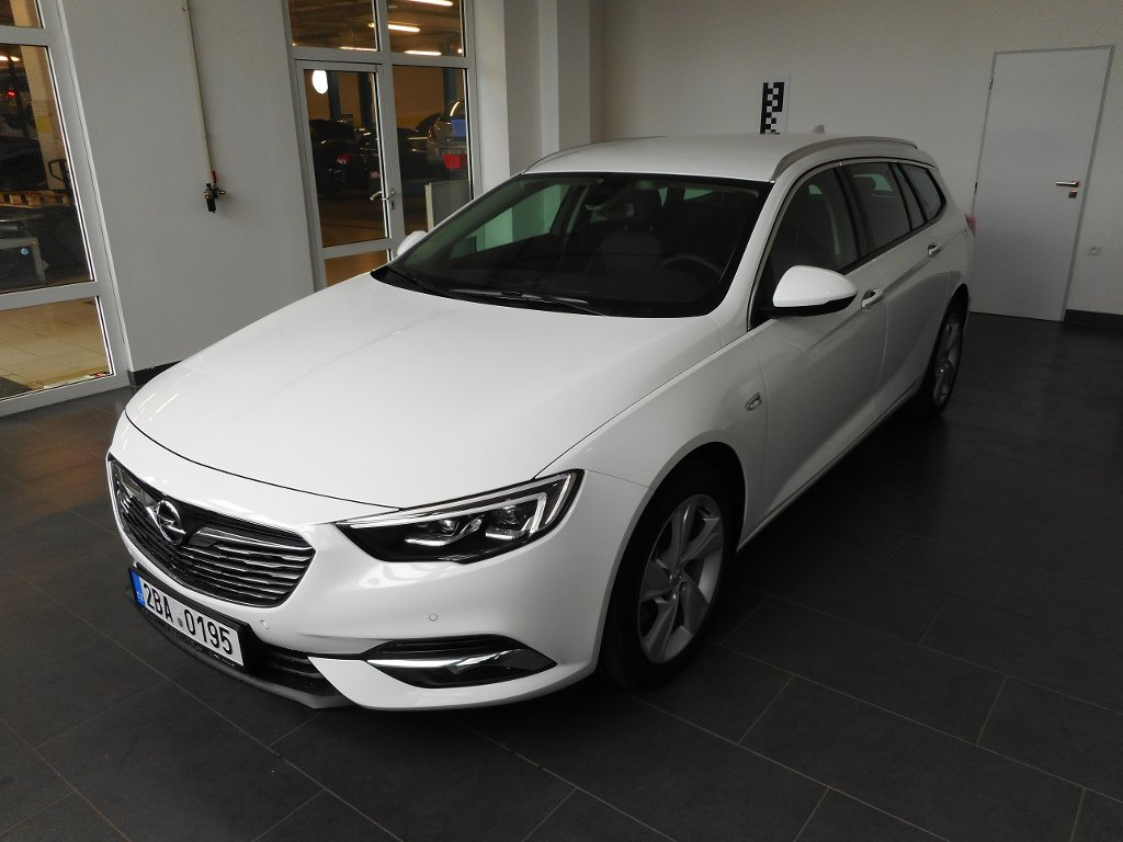Opel Insignia INNOVATION 2.0TURBO 125kW