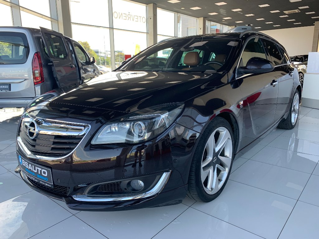 Opel Insignia Sports Tourer 120kW OPC LINE