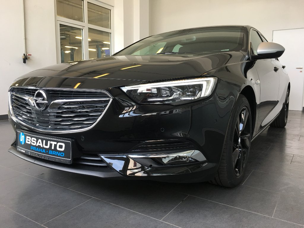 Opel Insignia Innovation 2.0 DTR AWD 154kW