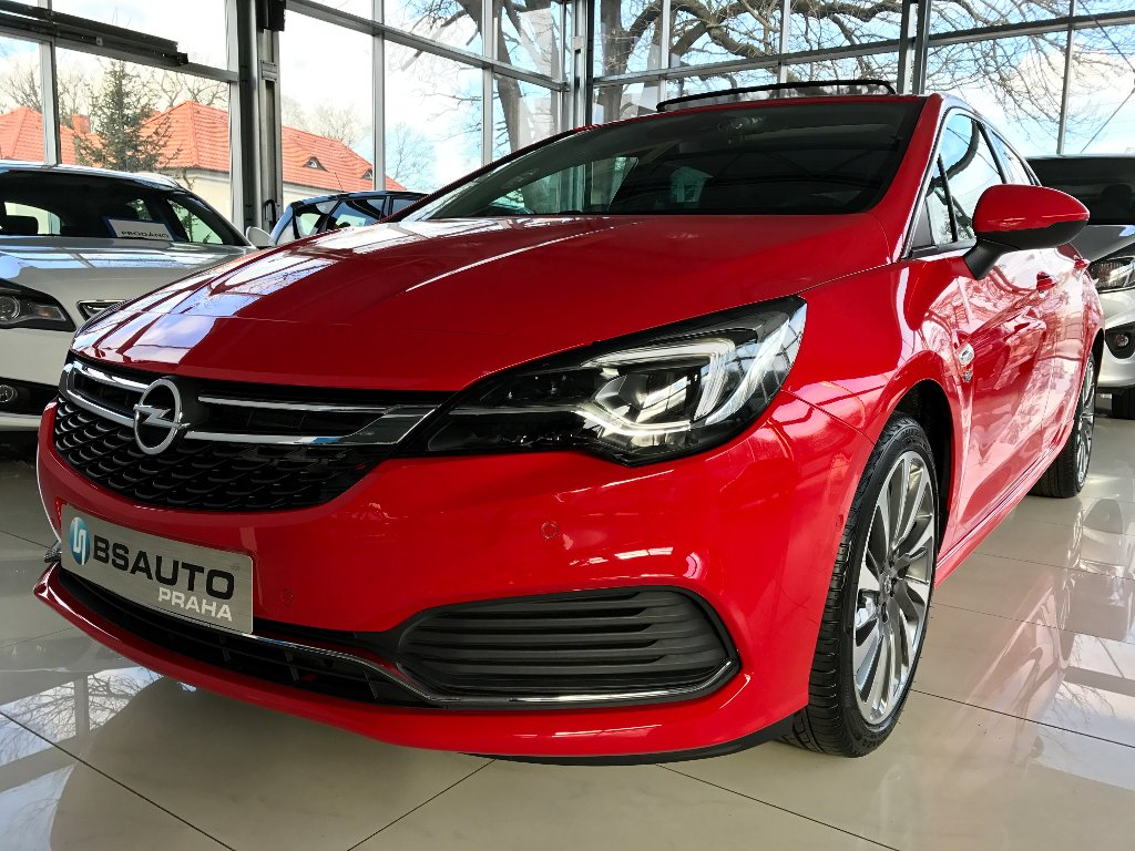 Opel Astra Innovation 1,4 Turbo ZP zdarma