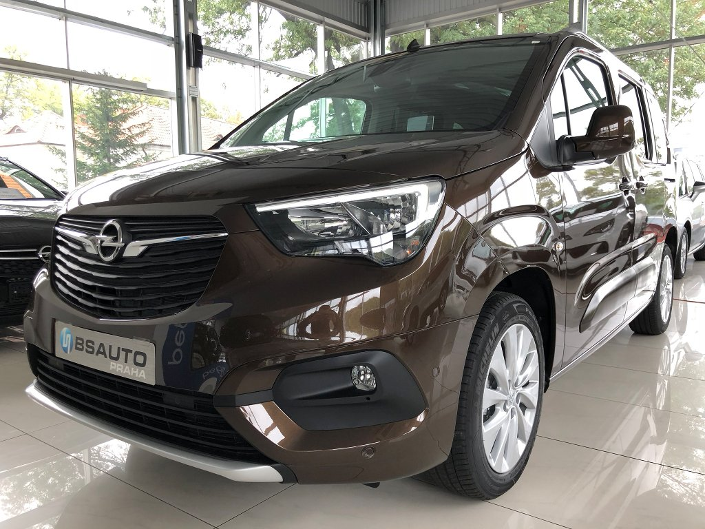 Opel Combo Innovation 1,2 Turbo+ZP zdarma