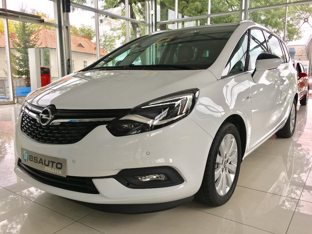 Opel Zafira Innovation 1,6 Turbo ZP Zdarma
