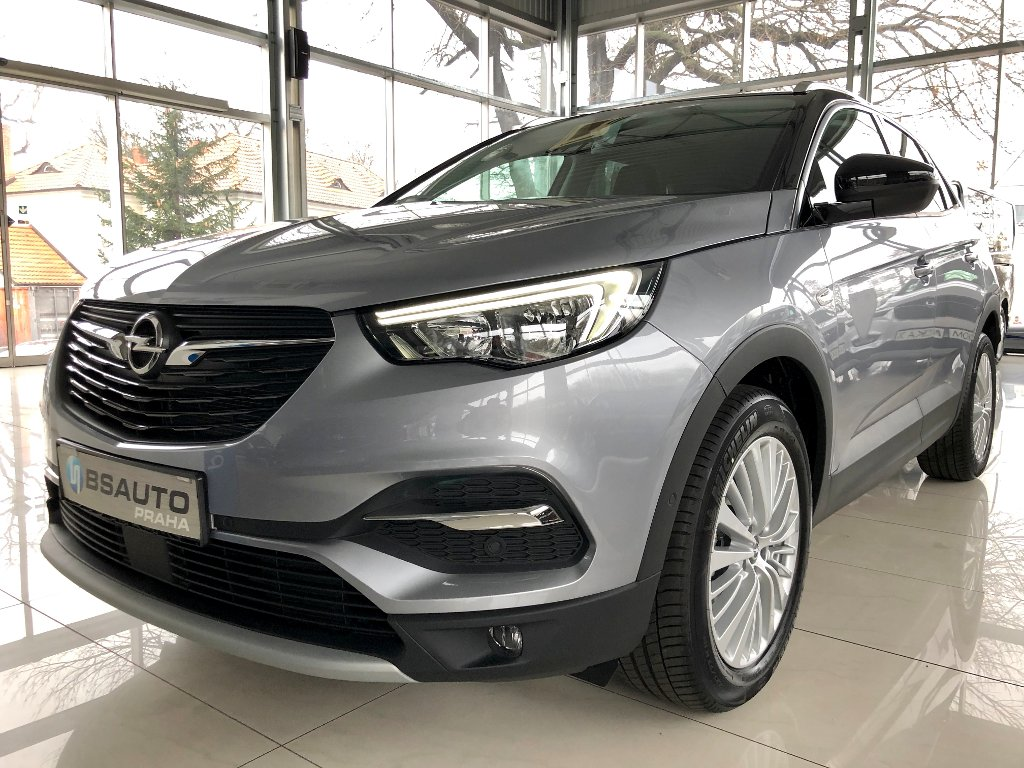 Opel Grandland X Innovation 1,2 Turbo+ZP zdarma