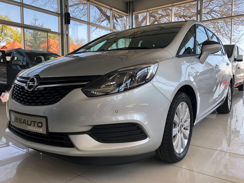 Opel Zafira Smile 1,6 Turbo 136 koní MT6