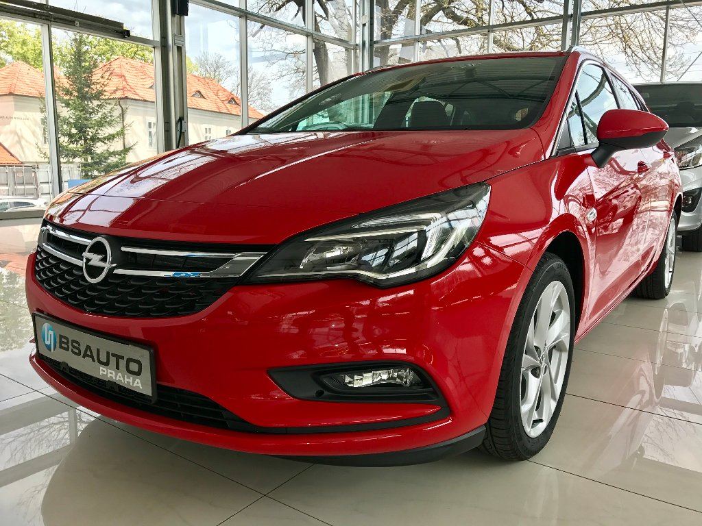 Opel Astra Innovation 1,4 Turbo+ZP zdarma