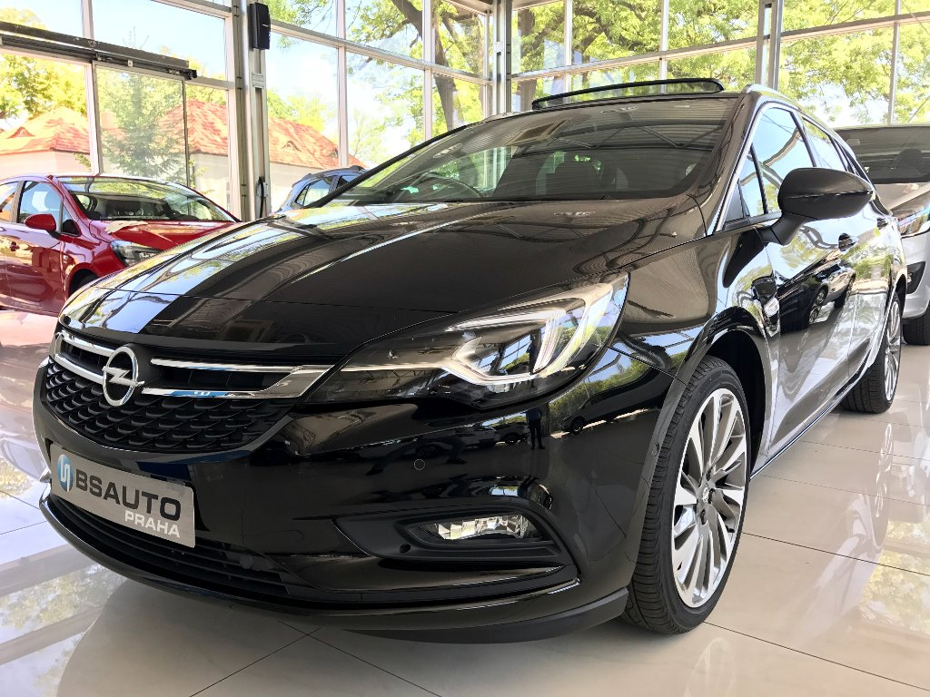 Opel Astra Innovation 1,6 Turbo 200 koní