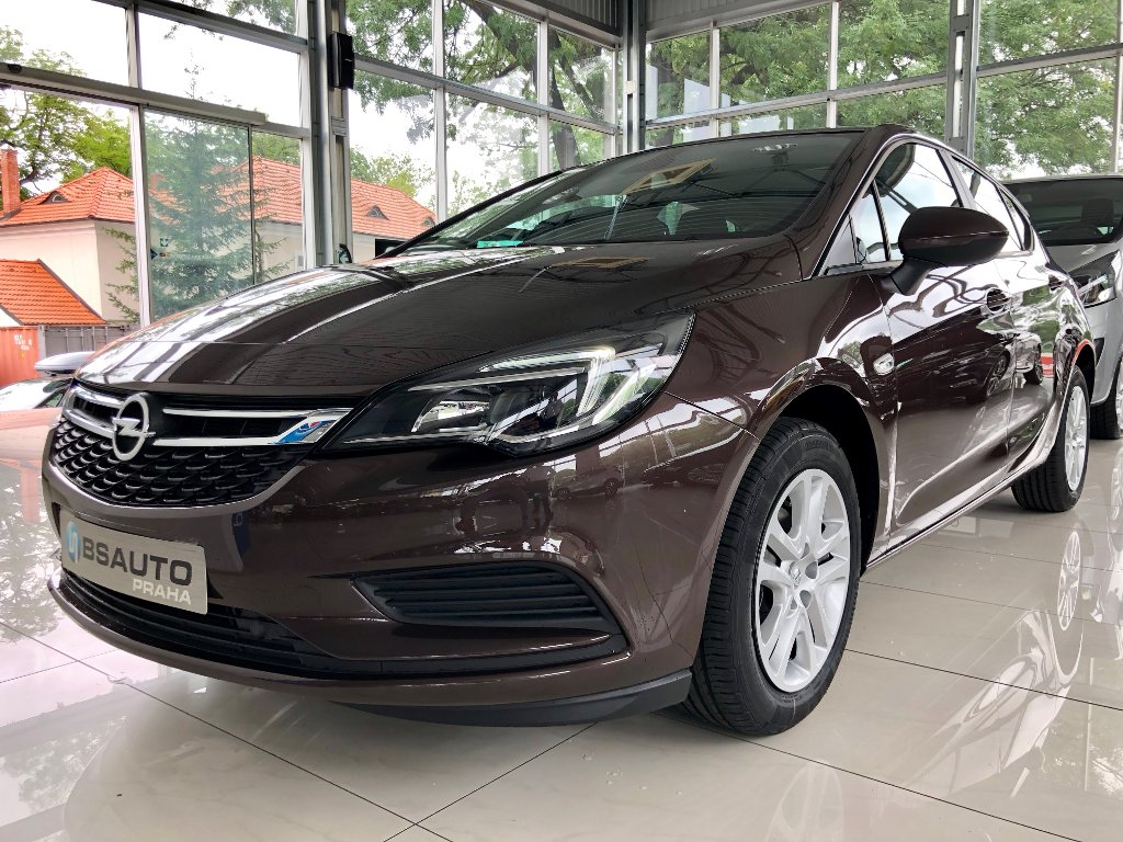 Opel Astra Smile 1,4 Turbo 125 koní MT6