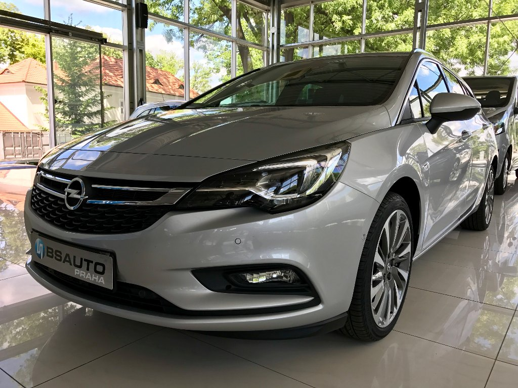 Opel Astra Innovation 1,6 CDTi AUTOMAT